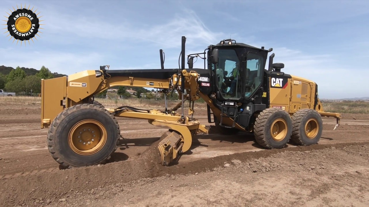 The Difference Between the 140H & Cat 140M Grader