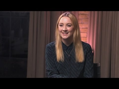 Saoirse Ronan Learned Her American Accent From Watching Seinfeld, Wants To Work with Kristen Wiig