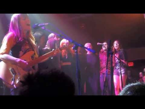 Haim Jenny Lewis  & Friends performing Acid Tongue Sam Jam 4/2/2015