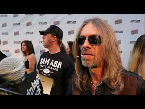 2017 Loudwire Music Awards: Rex Brown (Pantera) Interview