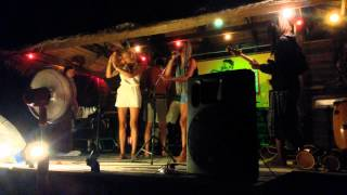 Drunk Girls Lyrics @ Jam Club Ko Phangan, Thailand (02.08.2014)