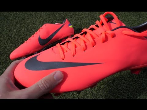 New Cristiano Ronaldo Boots 2012  Nike Mercurial Vapor VIII SG Pro Unboxing  by freekickerz - YouTube be6074018532d