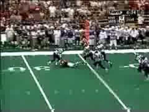 Ron Dayne down the sideline vs N