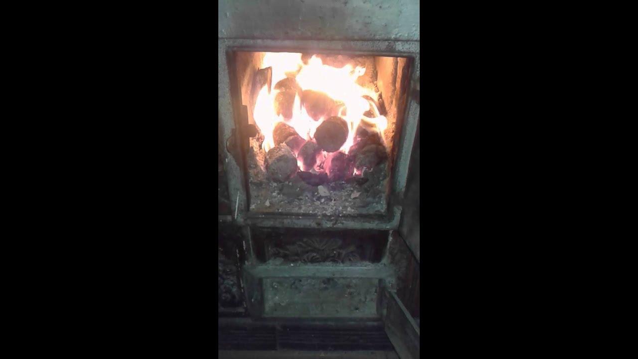 foc brichete paie in soba de teracota
