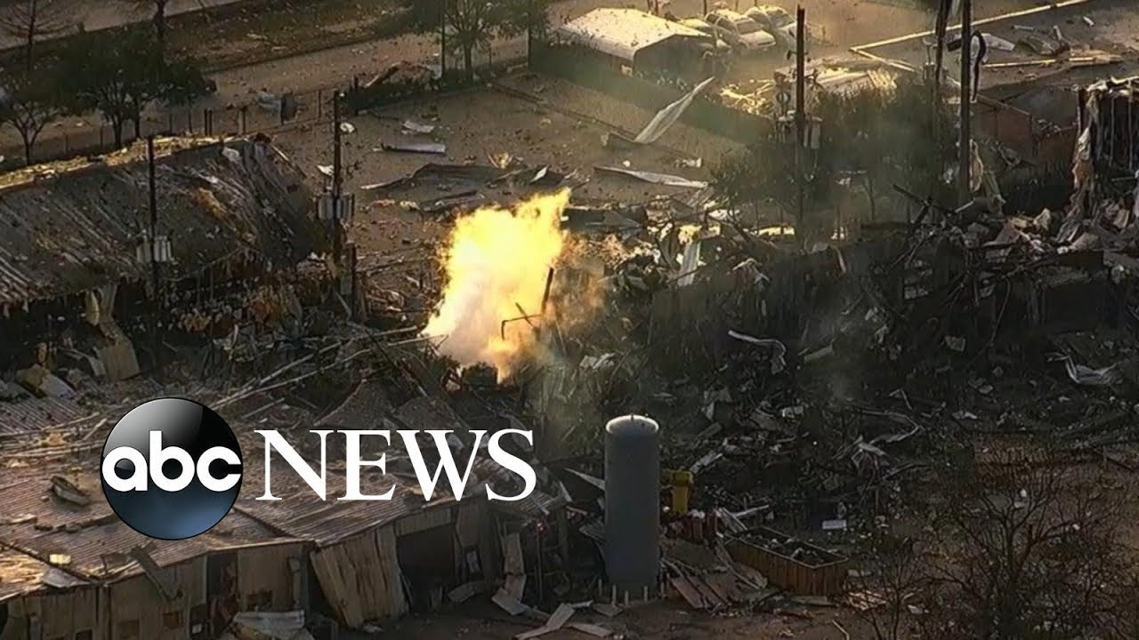 At least 2 people dead in massive warehouse gas explosion in Texas