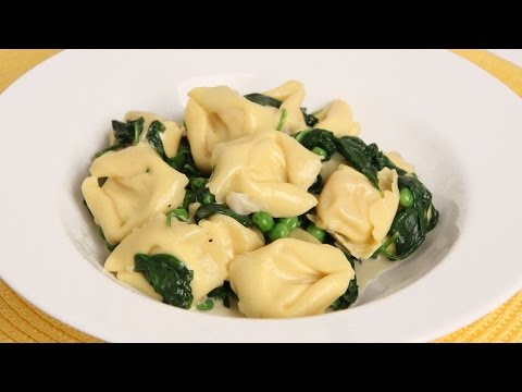 Tortellini with Spinach and Peas Recipe – Laura Vitale – Laura in the Kitchen Episode 900