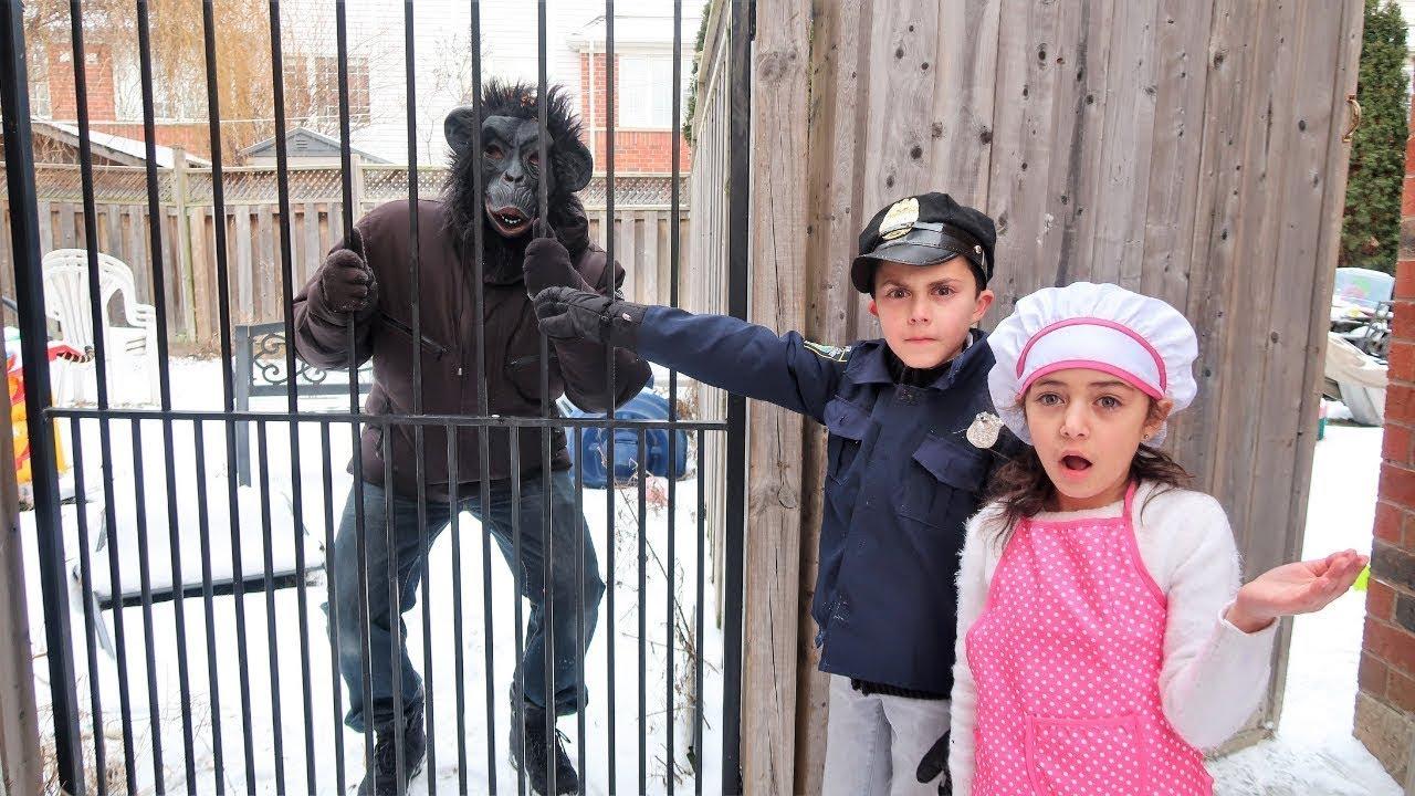 किड्स प्रेटेंड प्ले पुलिस बंदर  |Heidi & Zidane