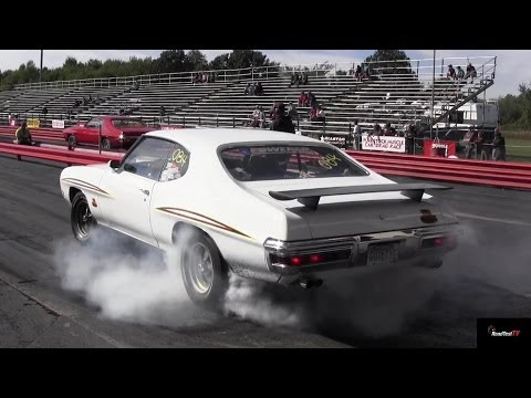 Ram Air GTO Judge v 455 HO GTO - 1/4 Mile Muscle Car Drag Race Video - Road Test TV