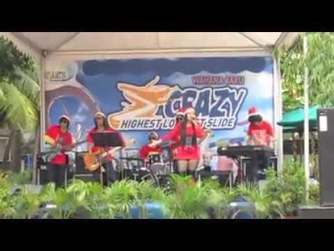 Apa Bisa (Kotak)_ Bunda Hesty Feat Rhasya Band.mp4