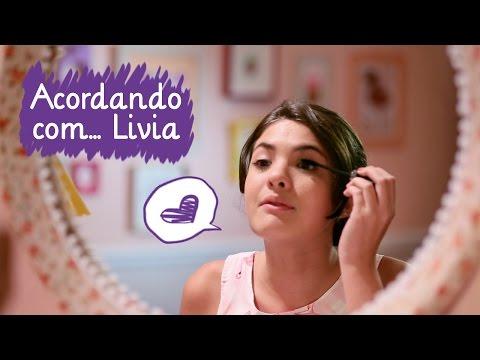 Como se arrumar para a escola com a Livia ❤ Mundo da Menina