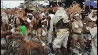 2007年に世界3大カーニバルの一つであるTrinidad &Tobagoで10万人以上...