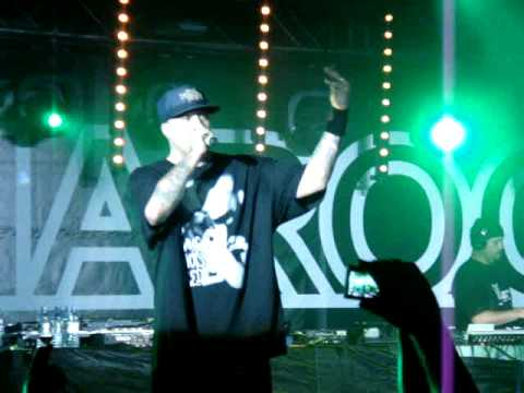 B-Real CYPRESS HILL - VATO - Don't You Dare Laugh - Live in Moscow 2009