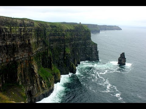 Hiking trip through County Clare - Ireland: Cliffs of Moher, Burren National Park and more!