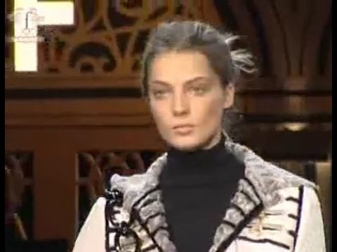 FashionTV | FTV.com - First Look Milan F/W 06-07 - Pucci - Fendi - Dolce & Gabbana