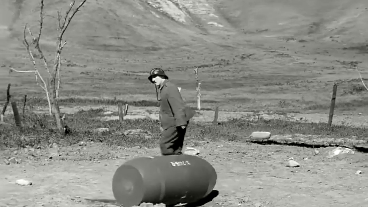 The Most Funny Part Of Charlie Chaplin - The Great Dictator (1940). PART - 1