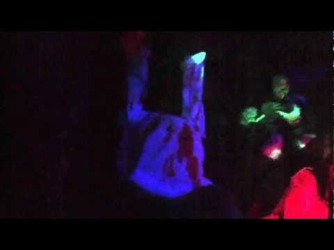 13 tầng địa ngục tại suối tiên park