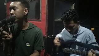 Mardua Holong Omega Trio Cover Version.mp3