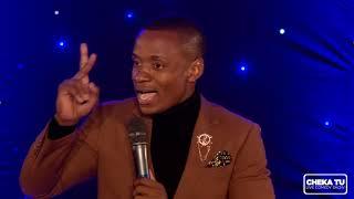 MC Lukinga kwenye stage  African Edition  CHEKA TU