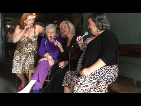 Gloria Richardson Sings With the Pfister Sisters
