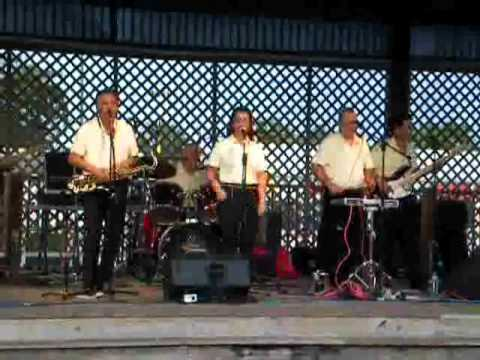 THE SHOWSTOPPERS - Live at Old Town - Kissimmee, FL - 2010-07-16