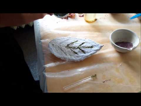 Making natural dyes from plants and earth pigments