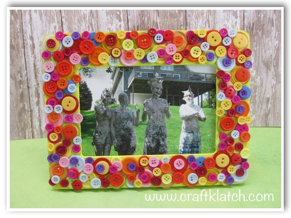 DIY Button Frame Mother\'s Day Gift Craft Idea - YouTube