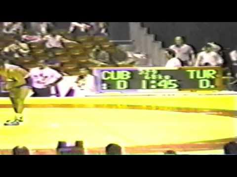 1990 Senior World Championships: 68 kg Kamil Kocaoglu (TUR) vs. Jesus Rodriguez Garzon (CUB)