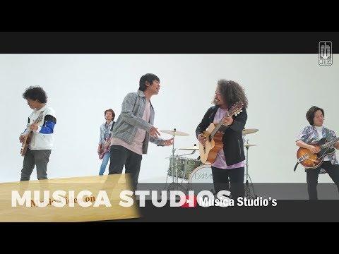 download TVC Ingin Lekas Memelukmu Lagi - D'MASIV Feat Pusakata