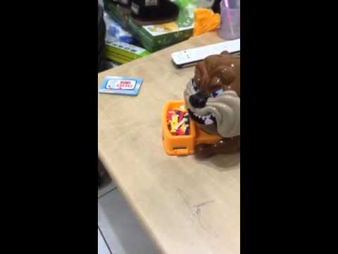 【克雷霆】小心惡犬(送電池)  偷骨頭遊戲 整人 桌遊 聚會 大冒險遊戲 親子互動 聖誕節 家有惡犬 玩具