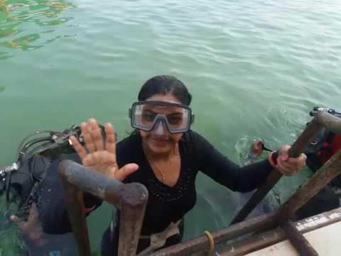 scuba diving training at malvan beach near sindhudurg fort tarkarli
