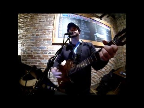 Heroes -David Bowie cover live at Heavy Seas Alehouse in Baltimore