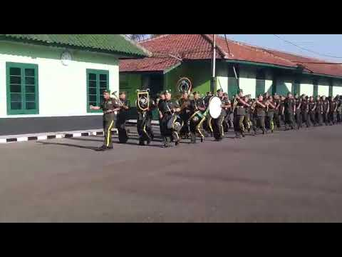 Pengukuhan Prajurit DITHUBAD