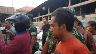 Pemadamkebakaran Indonesiafirefighter Meluncur Kebakaran Gudang Rongsok Danasri Nusawungu Cilacap