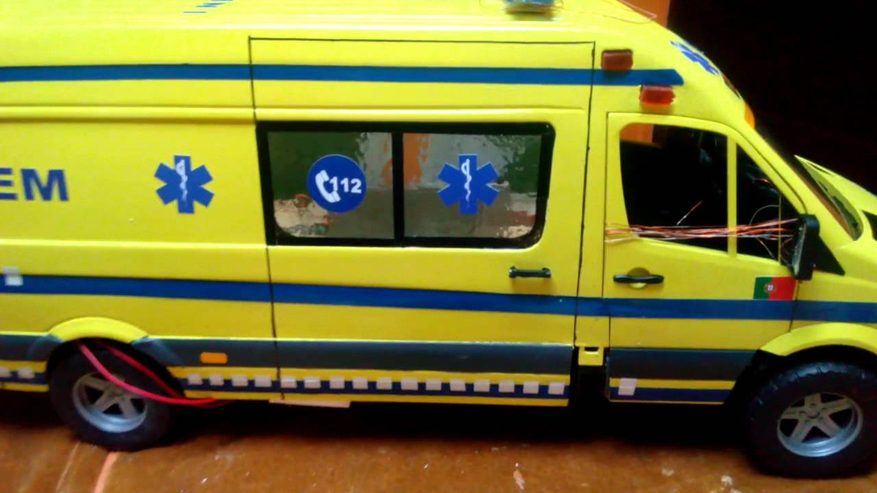 Bruder Mercedes Sprinter Ambulance