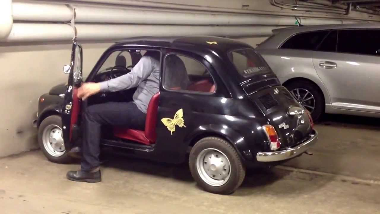 201 cm tall guy in an original Fiat 500 - YouTube