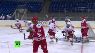 Владимир Путин сыграл в хоккей с командой учащихся центра «Сириус»