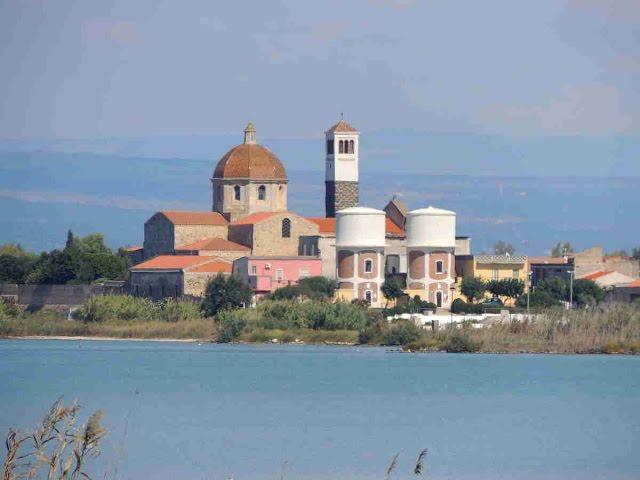 Visita a Cabras, Tharros y las playas de cuarzo interesante ruta por Cerdeña Italia