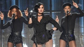 Demi Lovato 'Confident' Performance at 2015 AMAs