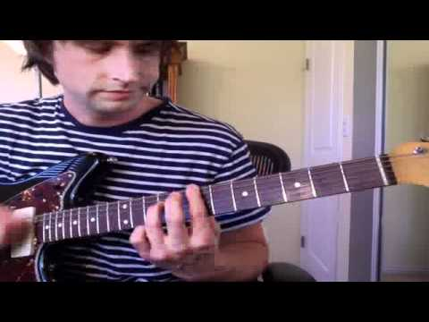how to play i fall apart on guitar
