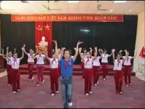 Hướng dẫn múa bài: EM LÀ MẦM NON CỦA ĐẢNG