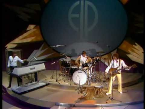 Emerson Lake and Palmer- Tiger in a Spotlight (Pop Rock 1977)