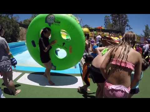 Wet 'n' Wild Gold Coast Holiday Adventure | ezeetube