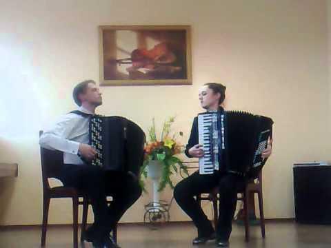 Потрясающая игра на баяне. Incredible play the accordion