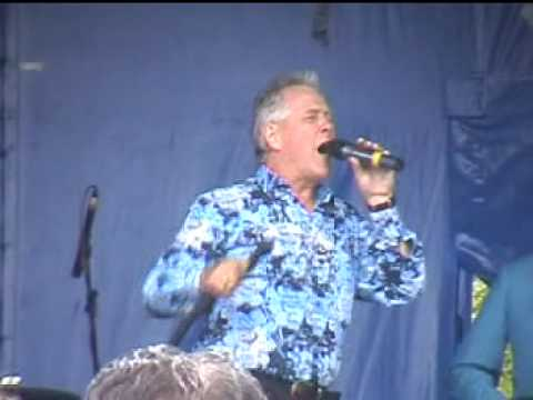 Dave Dee, Dozy, Beaky, Mick & Tich - Hideaway