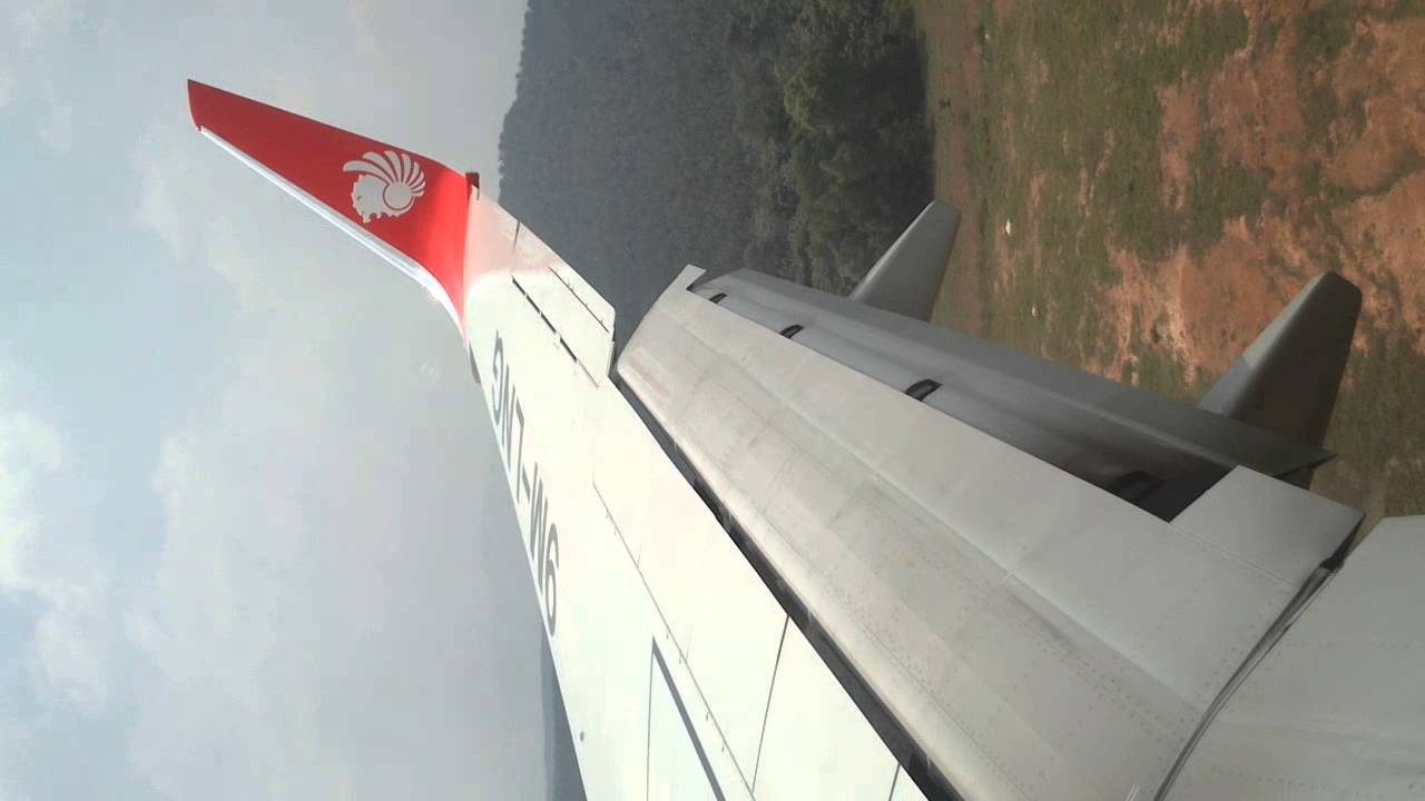 malindo air most crash with helocopter when landding !! - YouTube