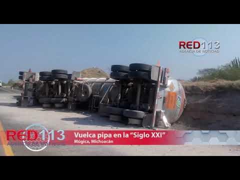 """VIDEO Vuelca pipa con doble remolque en la """"Siglo XXI"""""""