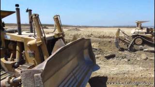 2 CAT D10 dozers working side by side (Part 1)