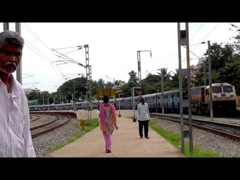 Mysore Chennai Shatabdi | Crossing & Overtake at Kengeri