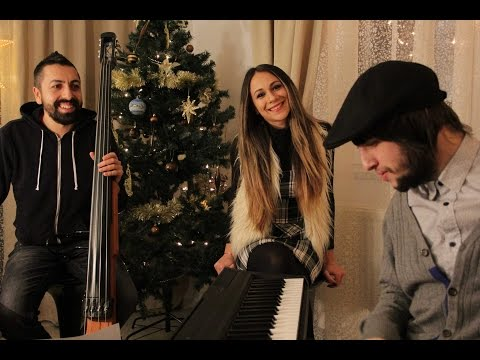 Have yourself a merry little Christmas - Viorica Pintilie - live - Home Session