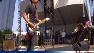 [11] The Kills - Fried My Little Brains (Lollapalooza 2008)